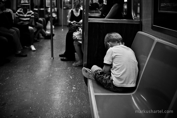 A-train - street photography by Markus Hartel, New York