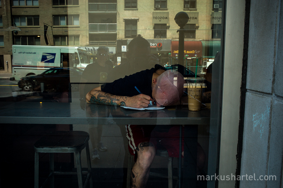 color street photography by Markus Hartel, NYC