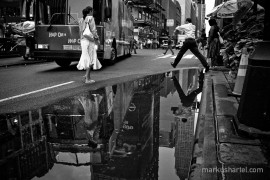 Hop On, Hop Off - street photography by Markus Hartel, New York