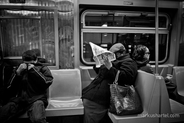 Bad News - street photography by Markus Hartel, New York