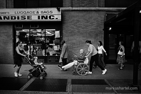 Ages, 8th Ave. - street photography by Markus Hartel, New York