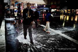 Splash - street photography by Markus Hartel, New York