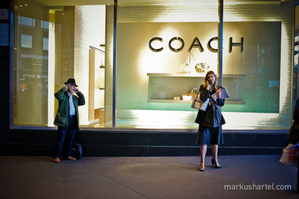 Coach - street photography by Markus Hartel, New York