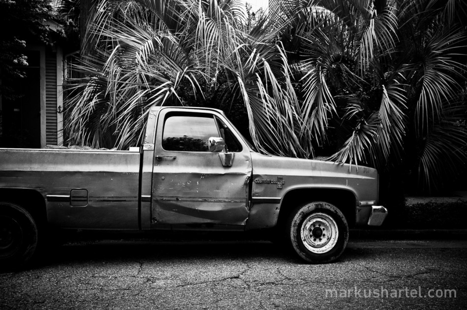 Banged up worker's truck New Orleans